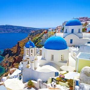 7 nights Porto Castello, Santorini, 5th May-12th May + Flights Gatwick to Santorini now £296 (£148pp) inc taxes/cabin bags @ Travel Republic