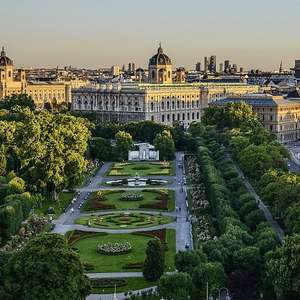 3 Nights Vienna March - 4* Hotel with breakfast located by the Belvedere museum + Stansted Rtn Flights = £130pp (£260 total) @ Voyage Prive