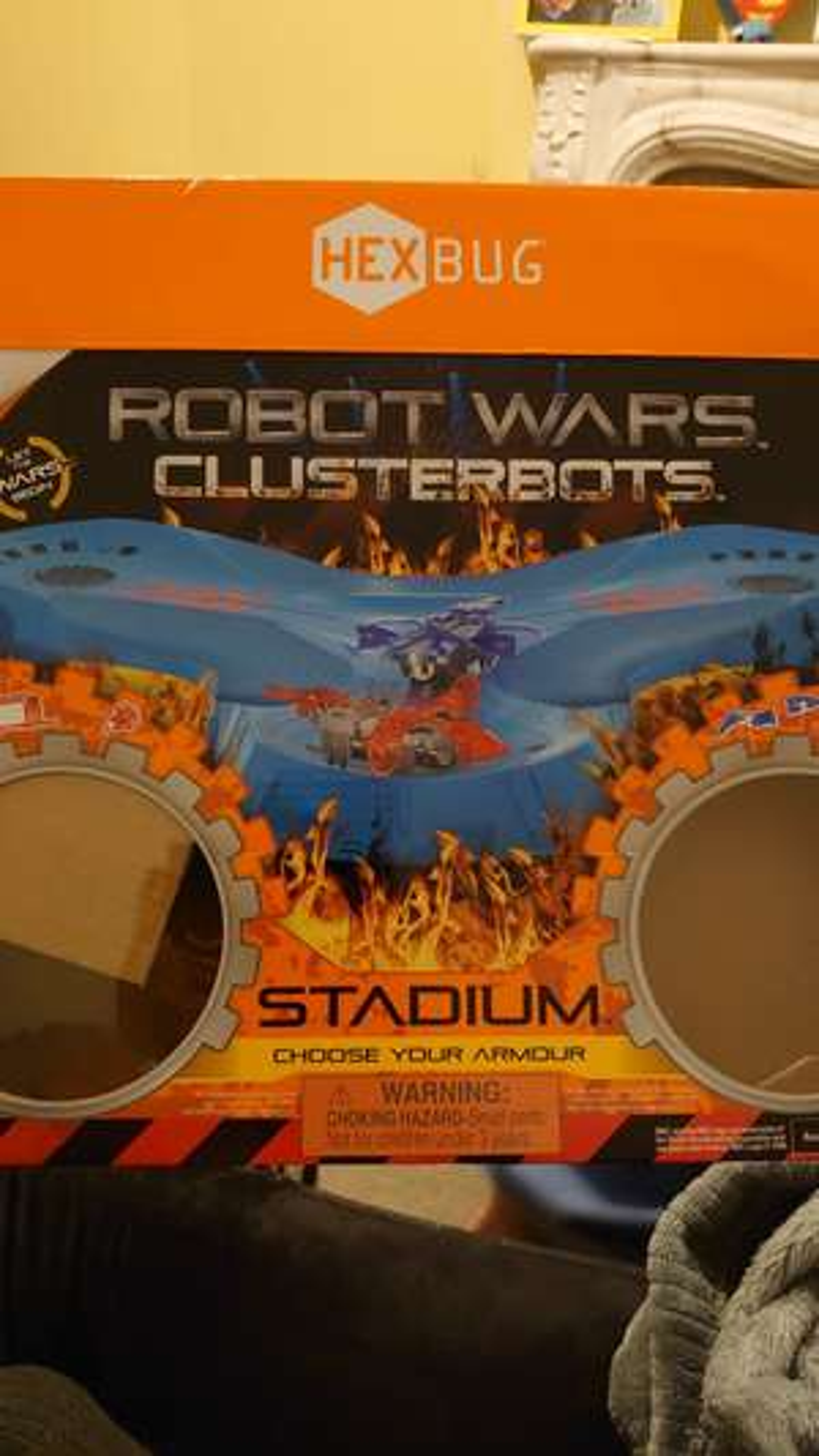 Robot wars stadium with 2 hexbug bots £5 @ The entertainer online / instore