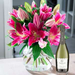 25% off all Bouquets with voucher code @ Blossoming gifts