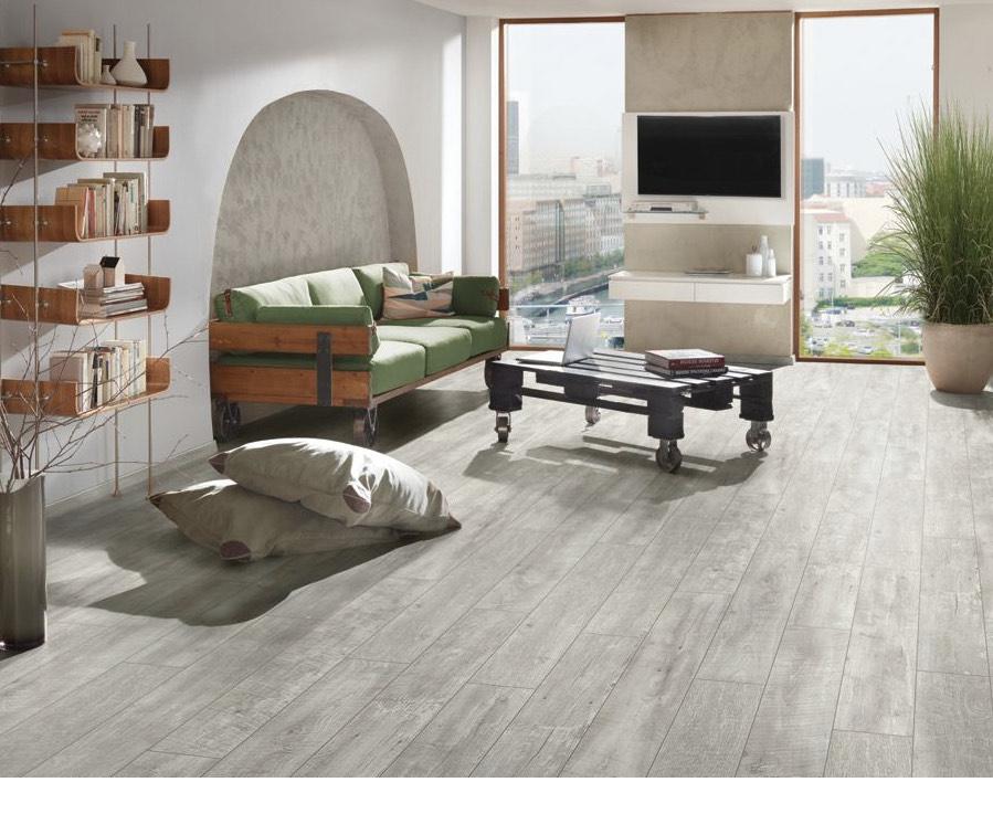 Wickes Salerno Oak Grey Laminate Flooring - 2.22m2 Pack - £15.54 delivered