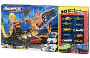 Roadsterz Street Smash Track + 10 Cars £4 instore at B&M Retail Cardiff