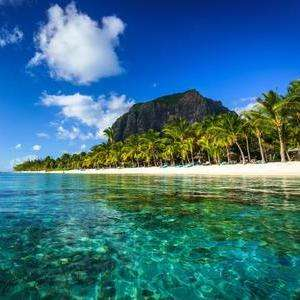 Last Minute Direct Return flights to Mauritius from Gatwick now £395 (Departing 2nd Feb-10th Feb Inc. taxes exc. checked bag) at Skyscanner
