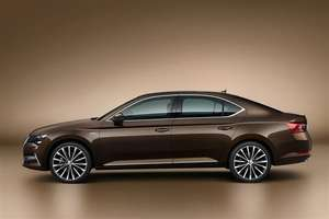 Skoda Superb Hatchback 2.0 TSI 190 SE L 5dr DSG 4 year lease £229.24/month + £199 processing fee (£11,202.52 total) at Leasing Options