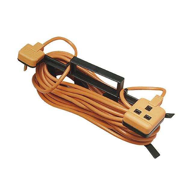 Masterplug 1 socket 10A Orange Extension lead, 15m - £9 @ B&Q
