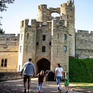 Warwick Castle: Lodge stay & 2-day entry to castle & Evening Entertainment & Breakfast & VIP parking £99 per couple / £119 Family of 4