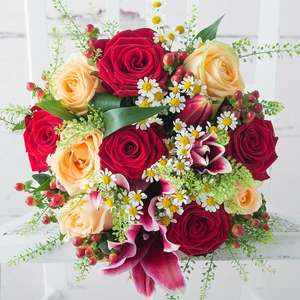 £10 off All Valentines Day Bouquets over £30 with voucher code @ Appleyards flowers