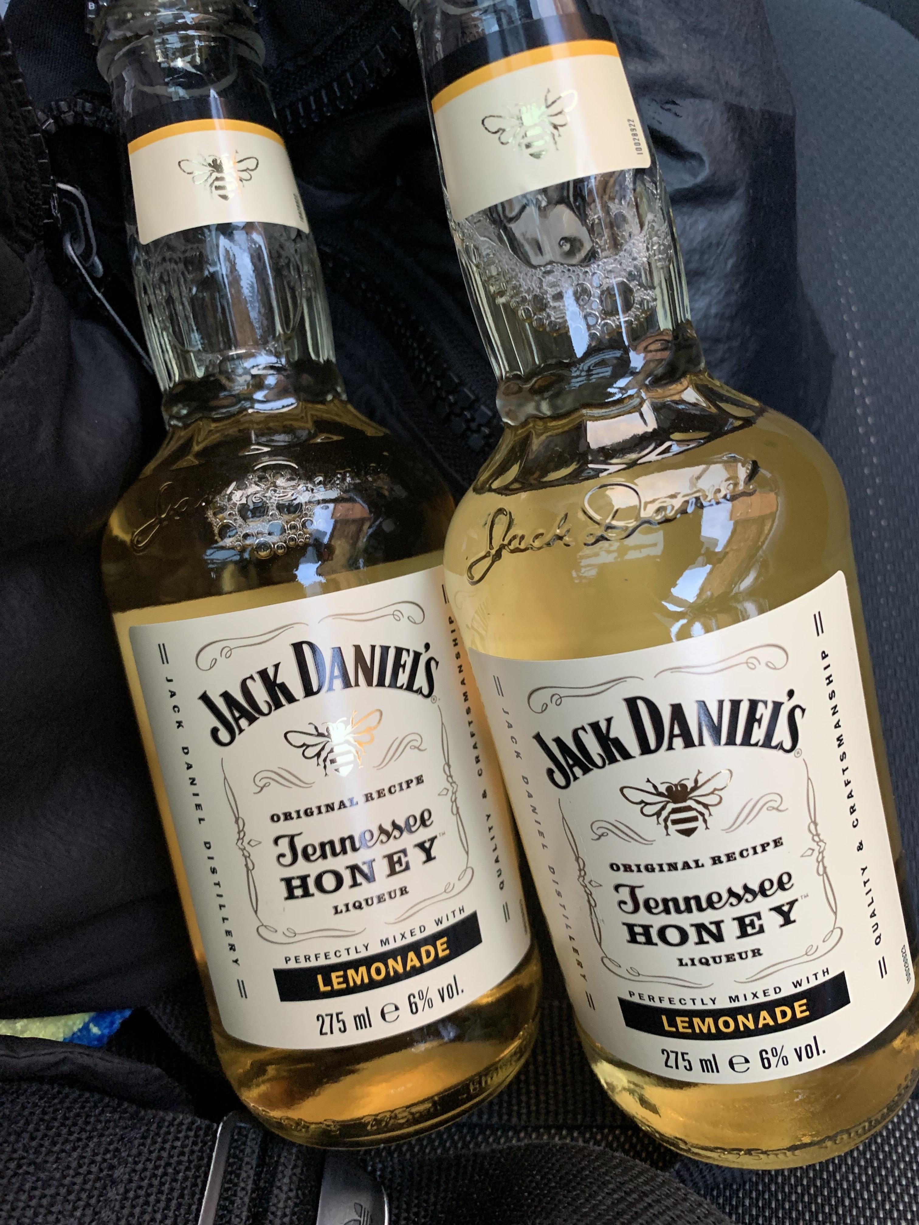 Jack Daniels honey lemonade 275ml bottles 6% 99p at home bargains Tennessee bourbon (Ashton)
