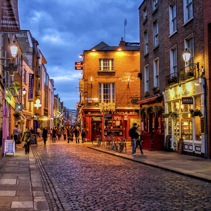 Return flight from Bristol / B'mouth / London / Manchester / Liverpool / East Midlands / Glasgow to various Irish destinations £10 @ Ryanair