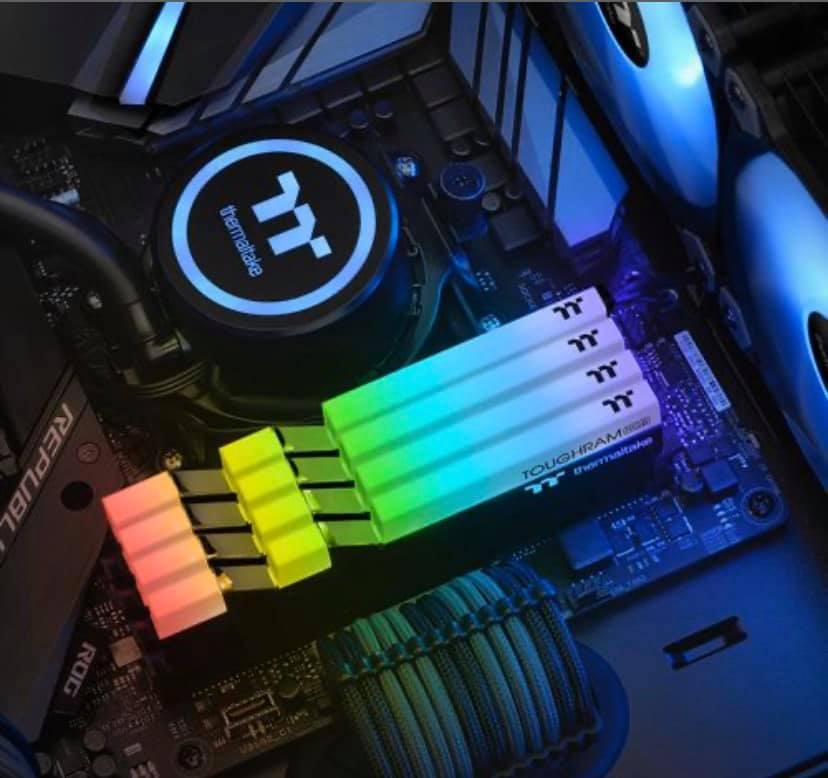 Thermaltake TOUGHRAM RGB 16GB (2x8GB) DDR4 3600MHz C18 Memory £79.91 @ Ebuyer