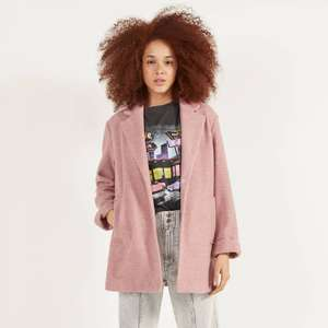 Straight fit coat in Pink, Camel, Grey or Cream now £17.99 @ Bershka (Free Click & Collect)