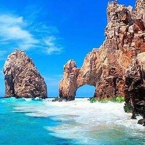7 Night 3* Stay (Including Breakfast & return flights from LGW) at Cabo San Lucas (Mexico) £379p/p (£758 total) @ TUI / Booking.com