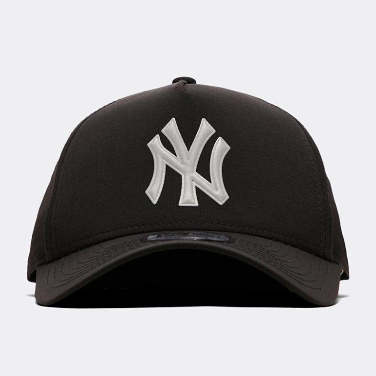 New Era Ripstop Trucker Cap | Black / Reflective now £9.99 click & collect @ Footasylum