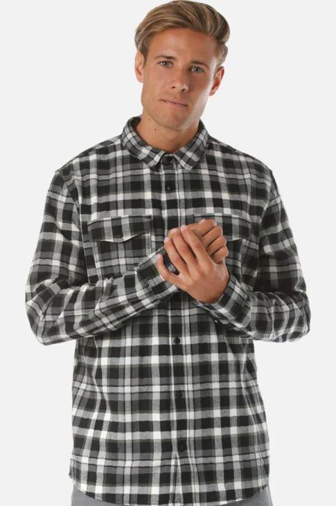 Quicksilver herringbone black & white check mens' shirt - sizes S through to XXL £24 at Zalando