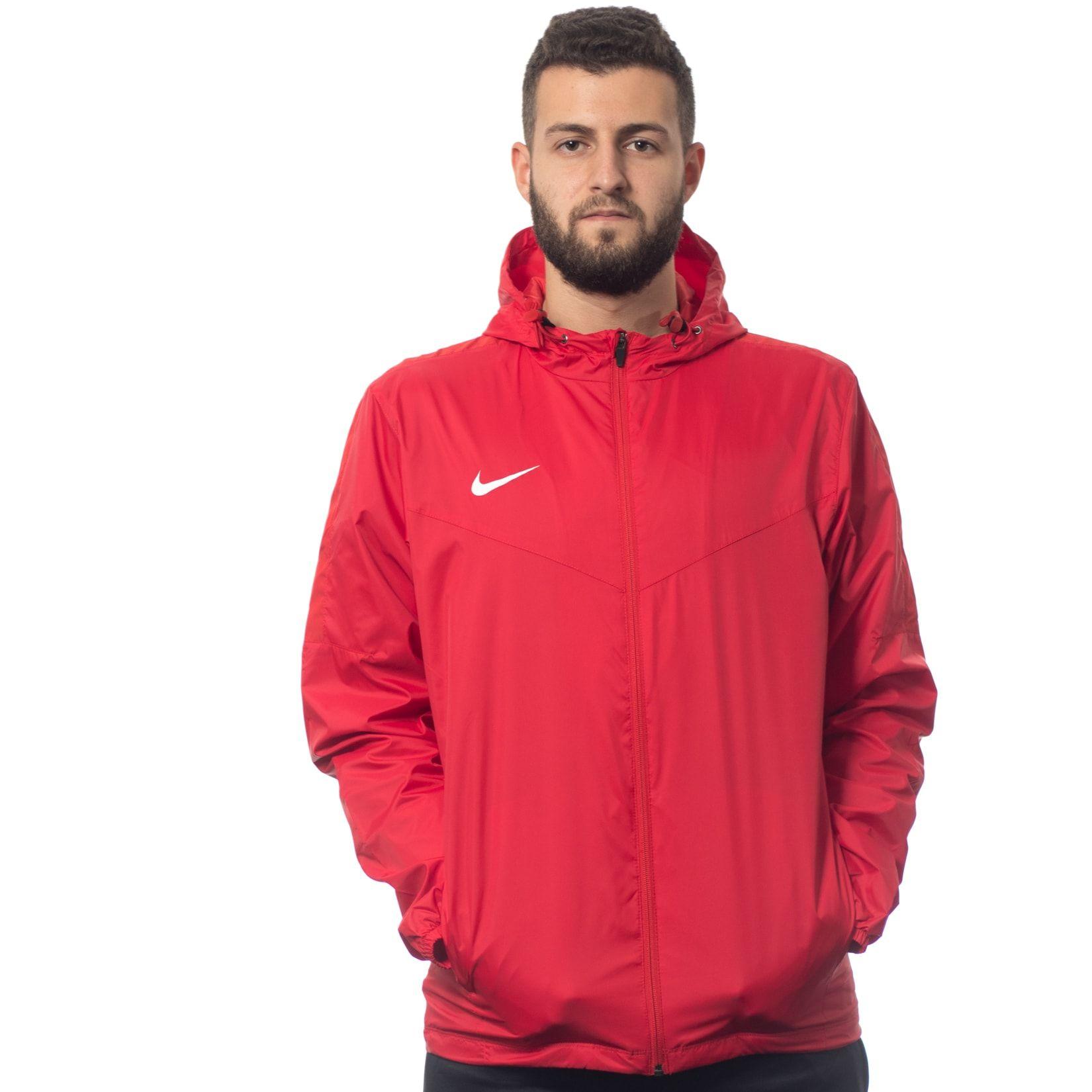 Nike Team Sideline Rain Coat £19.96 Delivered @ Kitlocker