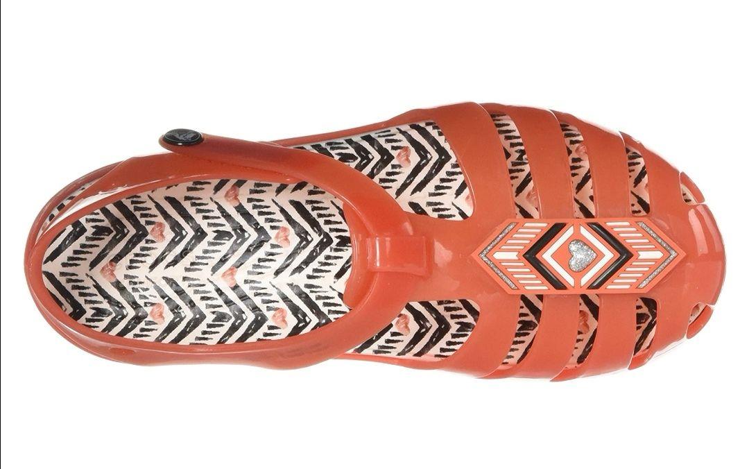 CROCS isabella sandal, tomato colour - GIRLS - size 7, 10 and 11 — £11.99 @ Amazon Prime / £16.48 Non Prime