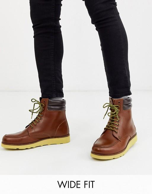 Original Penguin wide fit Clondyke hiker boots in tan colourway £41.60 @ Asos