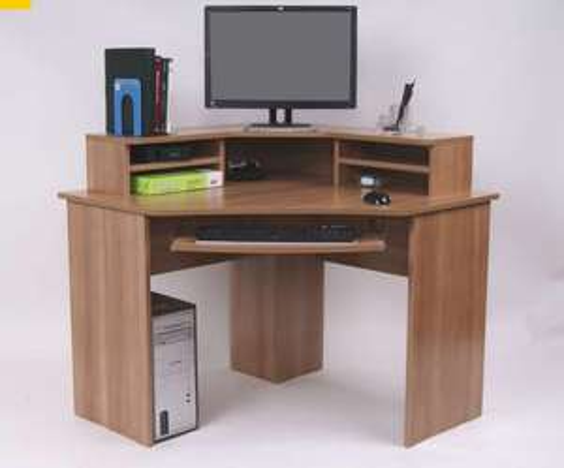Ferrera Corner Desk, Oak Effect, (740 x 1000 x 1000mm) - £48 Delivered (With Code) @ Staples