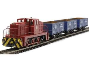 Hattons 0-6-0 Janus diesel shunter with three matching wagons £69.50 + £4 delivery at hattons