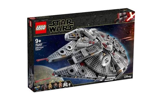 Lego Star Wars Millennium Falcon 75257 £113.84 @ El Corte Ingles