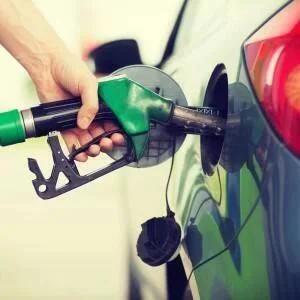 Tesco Fuel Price Cut - 99.9p per Litre (Unleaded) / £1.05p per Litre (Diesel)