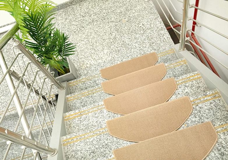 15 Pieces AmazonBasics Stair Tread Mats, 23.5 x 65 cm, Beige - £12.10 (Prime) / £16.59 (Non Prime) @ Amazon