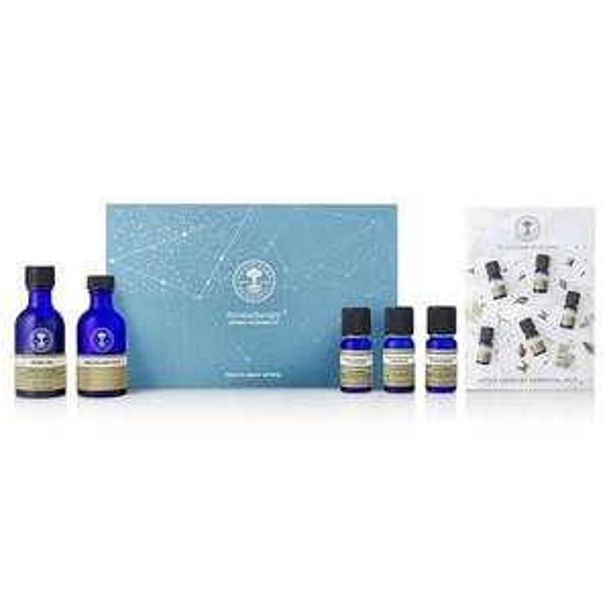 Neals Yard Aromatherapy Bespoke Blending Kit - £24.95 Delivered @ Neals Yard Remedies