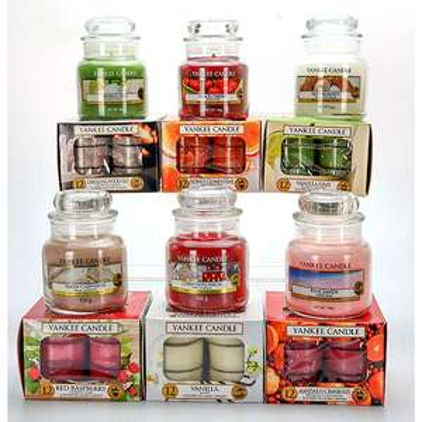 The miniatures gift bundle selection box (6 Candles & 72 Tea Lights) £35 delivered at Yankee Bundles