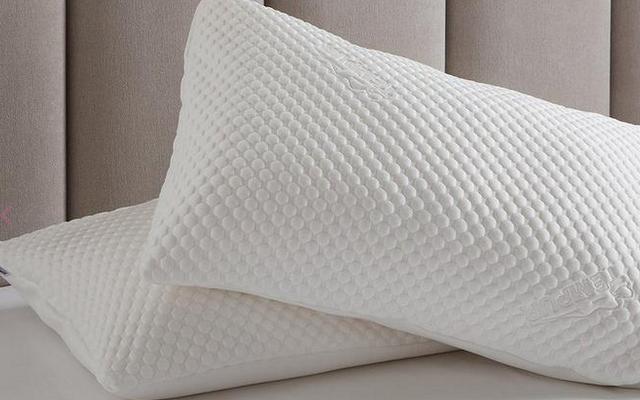 TEMPUR Cloud Pillow - £60 (Free Delivery / 5% Cashback via Quidco) @ Dreams