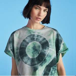 Up to 50% Off Sale - Men & Womens Tees from £4.79, Dresses from £6.49 @ Bershka (£3.95 P&P / Free on £20)