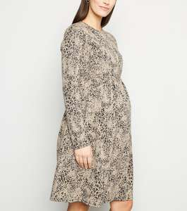 50% Maternity Dresses Prices From £9.99 + £1.99 C&C FREE on orders containing item(s) totalling £19.99 or over. From New Look