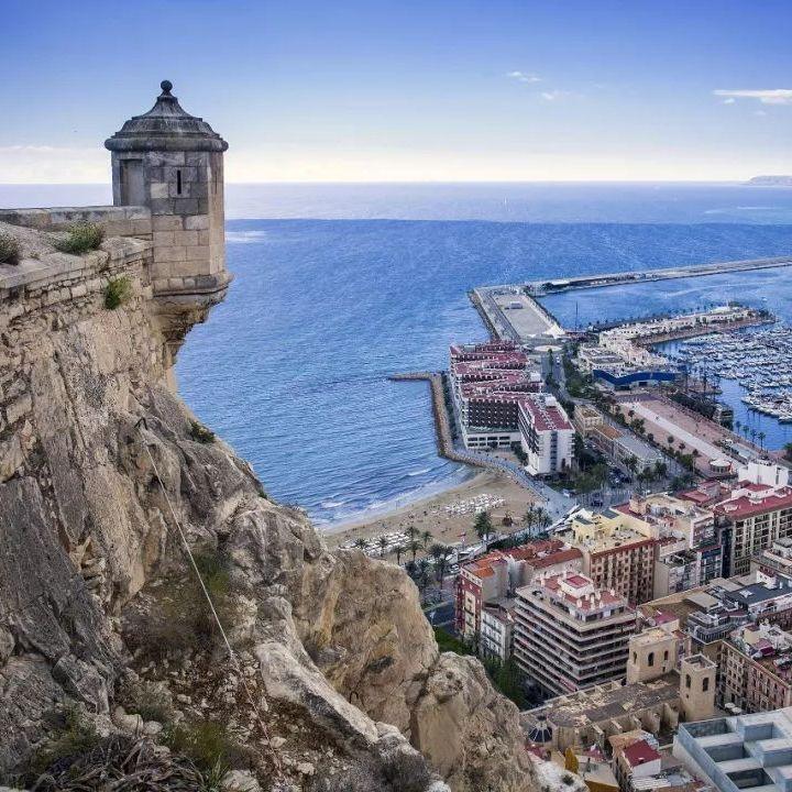 (Sept departures / Departing London Stansted) Return flight to Alicante, Valenica & Majorca £19 (Majorca Peak August £43) @ Ryanair