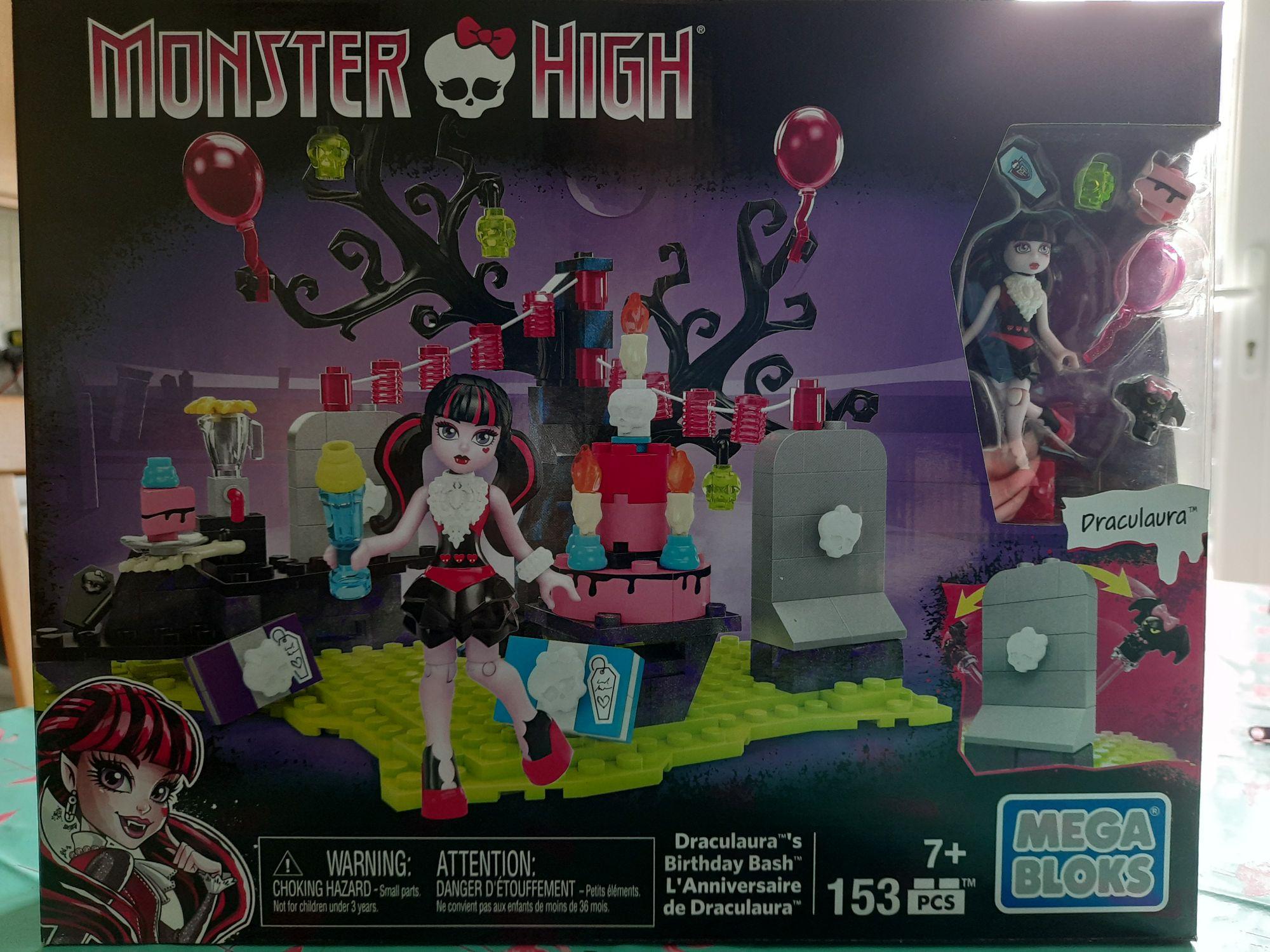 Mega Bloks - Monster High Draculaura's Birthday Bash set (153pcs) £0.99 Home Bargains Stafford