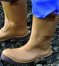 Dickies Safety Wellington Boot - Tan Size 9 £1 @ Wickes (Instore only)