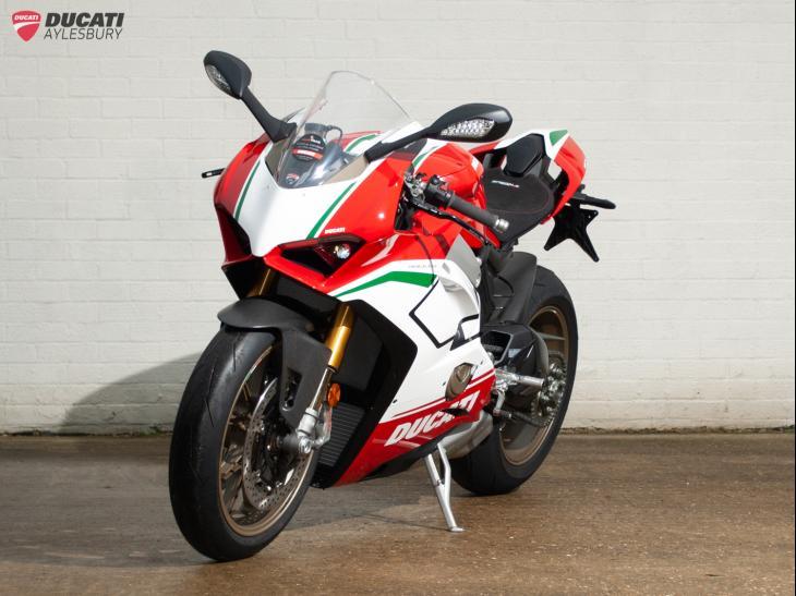 Ducati Superbike Panigale V4 Speciale MG - £32,999 @ Ducati Aylesbury