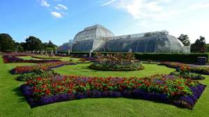 Free entry for Blue Light Card holders plus one guest to Kew Gardens and Wakehurst using code