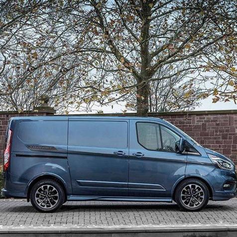 Ford Transit Custom Van - 300 L1 Diesel Fwd 2.0 EcoBlue 105ps £16,850 (business - ex VAT) @ Bristol Street Motors