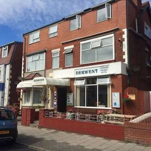Blackpool Stay at The Derwent Hotel - 4-7 Nights, Breakfast, Tea & Biscuits for up to 5 - £89 @ Wowcher