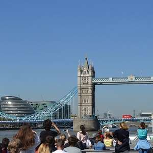 Thames Sightseeing Cruise River Red Rover Pass for Two (24 hour pass) - £10 with newsletter signup code @ BuyAGift