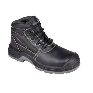 Wearmaster Safety Boots / Wearmaster Trainer Shoes £9.99 (free collection) @ Euro Car Parts