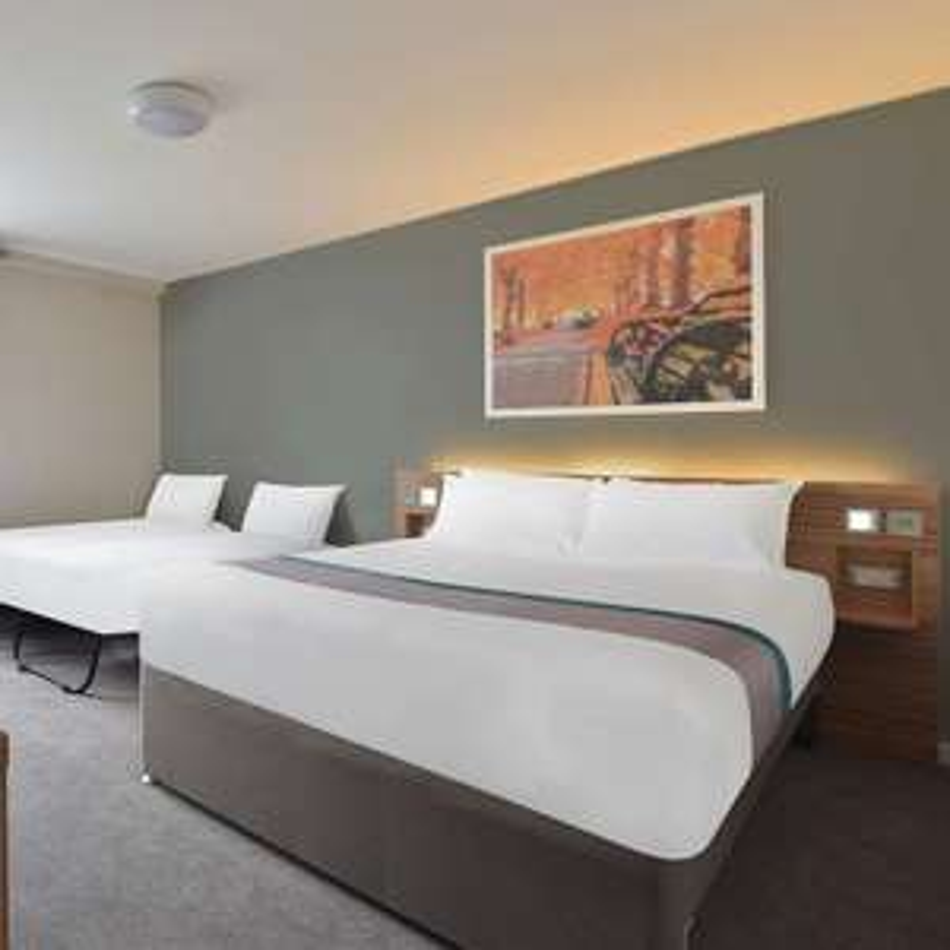 York Central Travelodge - Family Room £25.99 @ Travelodge