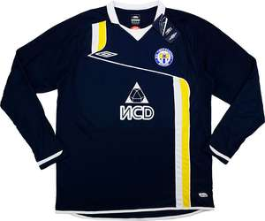 2010-11 Metallurg Donetsk Away XL £16.74 delivered @ Classic football shirts