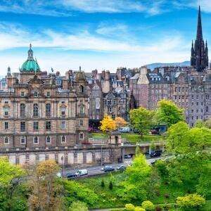 Central Edinburgh Travelodge - Oct to Dec Dates from £22.49 @ Travelodge