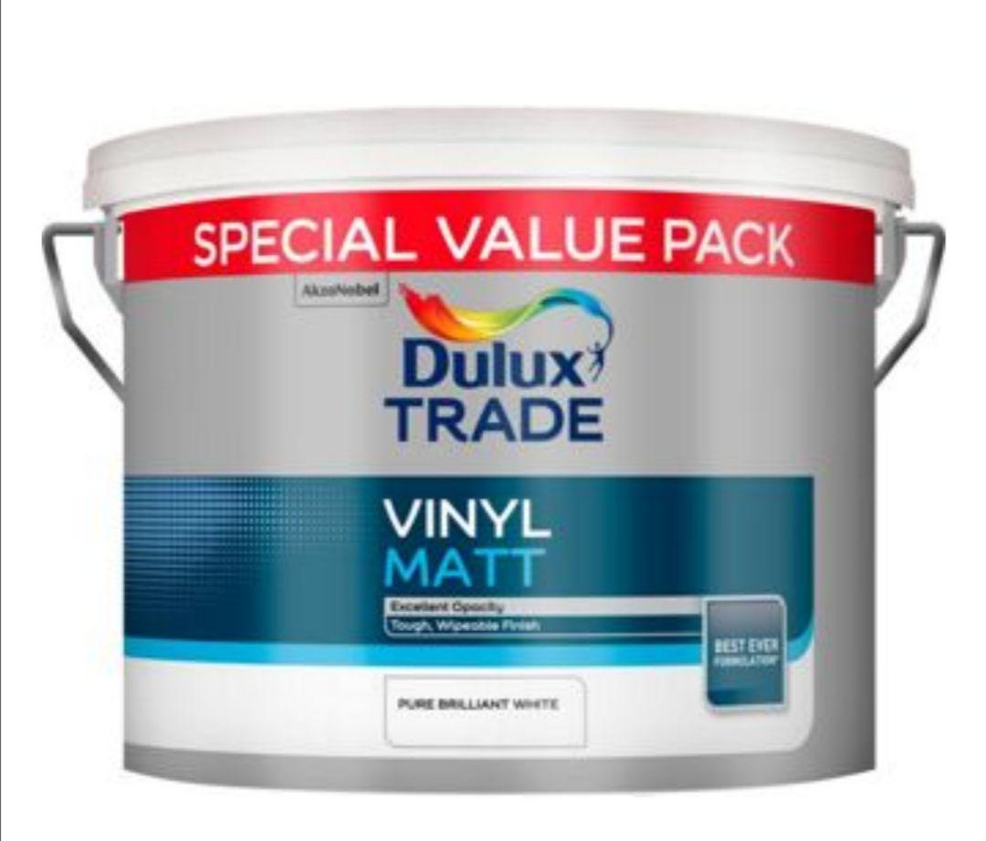 Dulux Trade Vinyl Matt Paint Pure Brilliant White 7.5L £26.40 @ Travis Perkins