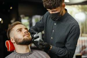 Free Haircuts For All Students October – December @ London School Of Barbering.