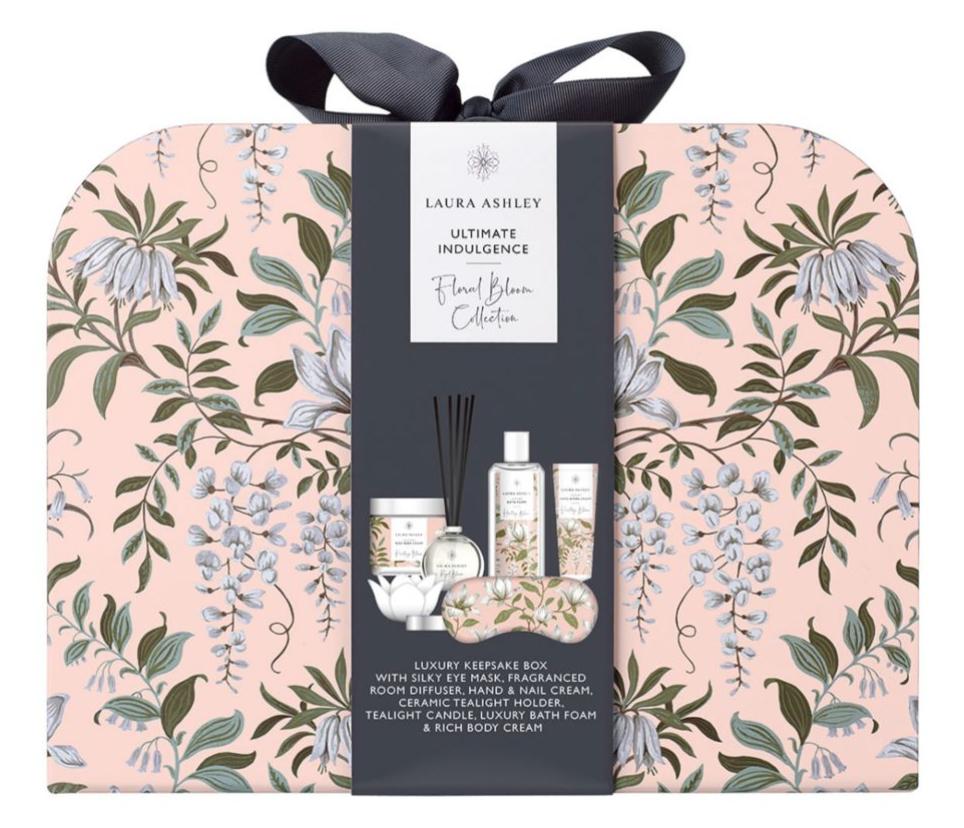 Laura Ashley Ultimate Indulgence Gift Set - £20 / £23.50 delivered @ Boots
