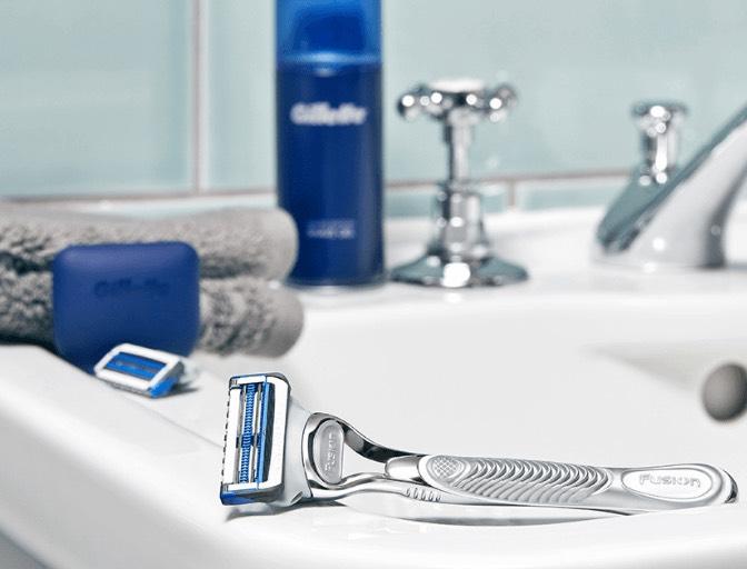 Free Gillette shaver starter kit (Just pay £3.95 Postage) @ Totum