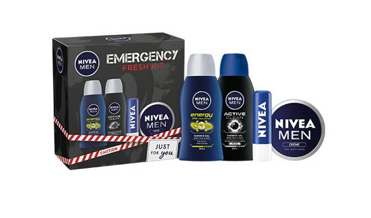 Nivea Men Emergency Wash Kit for £2.50 @ Boots