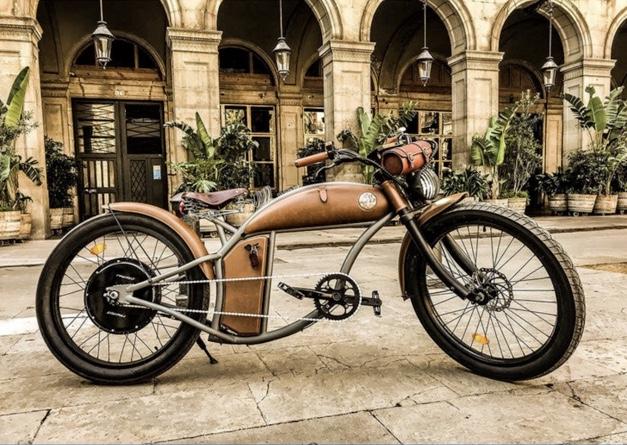 Rayvolt Cruzer V3 E-Bike with Lights at Costco for £3499