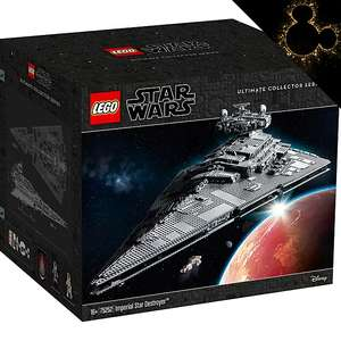 LEGO Star Wars Ultimate Collector Series Imperial Star Destroyer Set 75252 £467.99 at Shop Disney